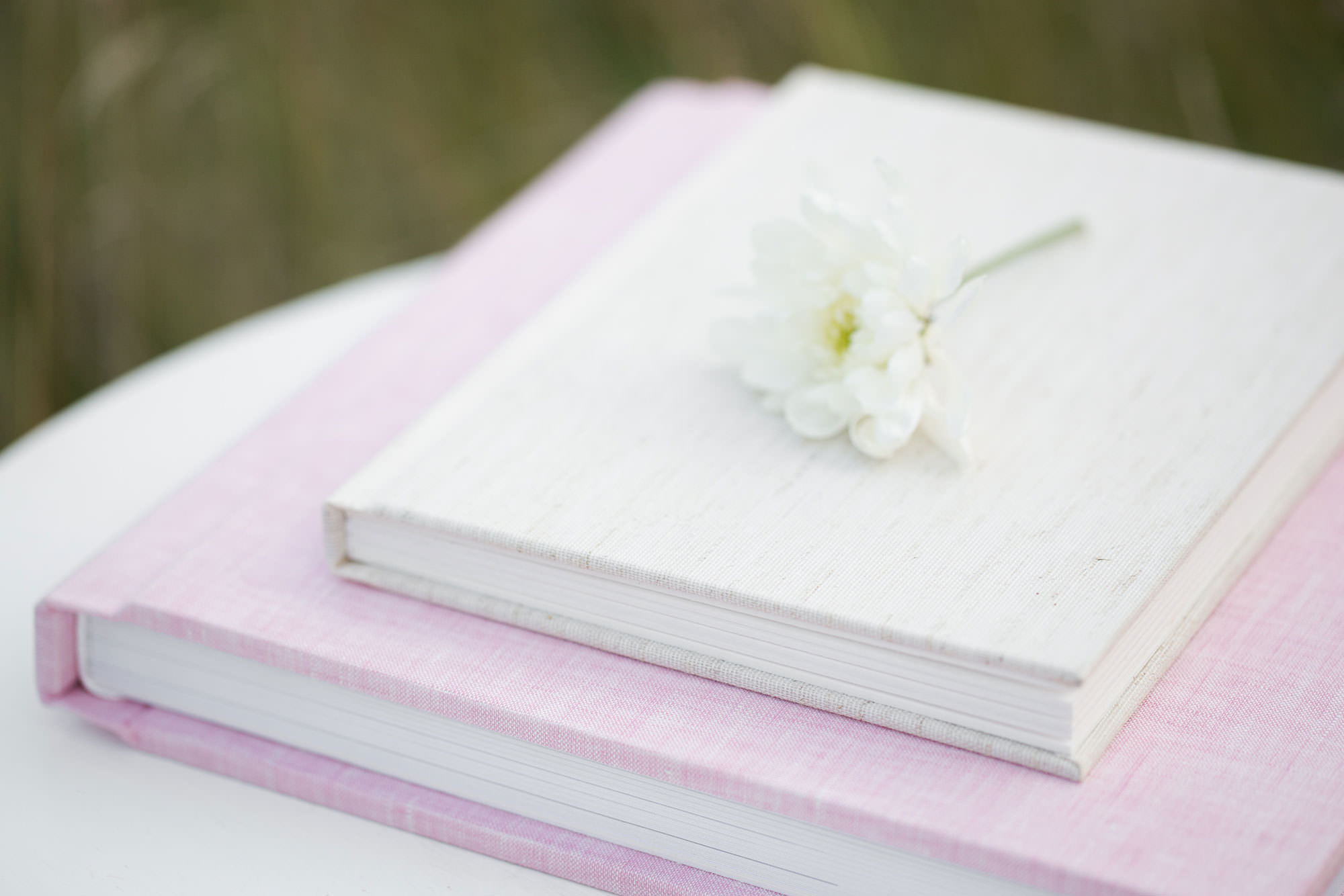 RedTree Matted Folio Albums